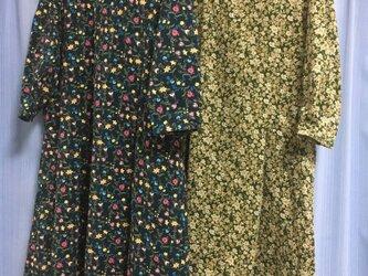 【t様オーダー品】クラシカルワンピ花柄コーデュロイ2点の画像