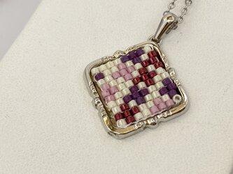 ビーズ織り【じぐざぐペンダント】クロス・紫の画像