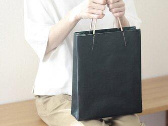 [新色]紙袋っぽい革袋M(A4が入る)・ネイビー[受注生産品]の画像
