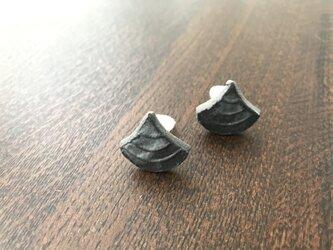 青海波文スタンプ・イヤリング 黒 12-3-2の画像