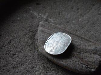 pomegranate broochの画像