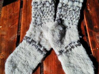 飛騨高山で生まれた手紡ぎ糸の防寒手編み靴下 もこもこの画像