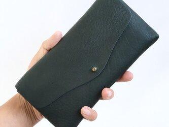 牛シュリンクレザーと牛床ベロアのシンプル長財布[ネイビー]の画像