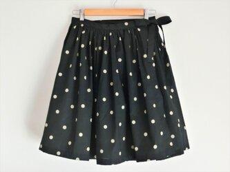 ラップスカート black×beigeの画像