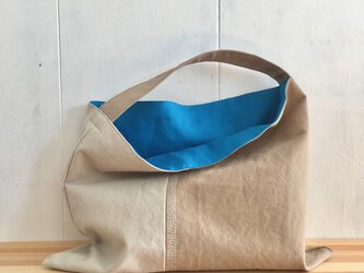 【受注製作】カフェオレ色の三角鞄の画像