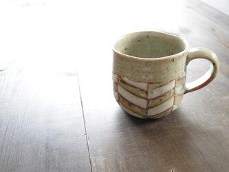 釉彩マグカップ・大(ヘリンボーン模様)の画像