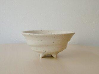 足つき鉢(白)の画像