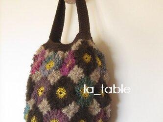 花たくさんのワンハンドルバッグ「WINTER BOUQUET」の画像