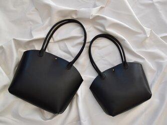 ヌメ革 ハンドバッグ 小の画像