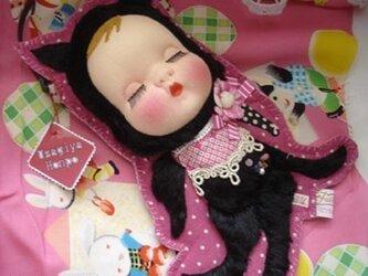 50s眠り黒猫娘さんの装着ドールポーチ*の画像