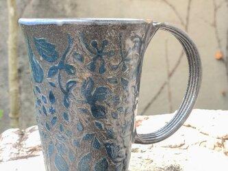 ロングマグカップ―kakiotoshi black 青い森の画像