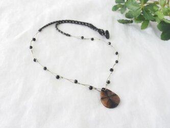 Cross Stone Necklace(Black Spangle)の画像