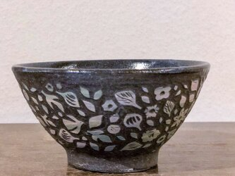 ご飯茶碗-小さな葉っぱと鳥の画像