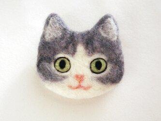 猫顔フェルトブローチの画像