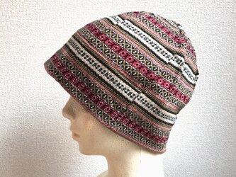 エスニック調模様の帽子の画像