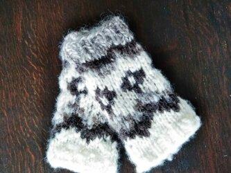 飛騨高山で生まれた手紡ぎ糸の防寒手編みハンドウォーマー ロピーの画像