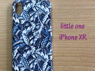 【リバティ生地】ジェイ・キャット  iPhoneXRの画像