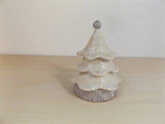 白いツリーボックスの画像