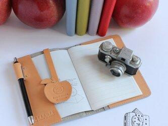 ポケットノート・A7サイズ 本革イタリア製シュリンクレザー使用/トープの画像