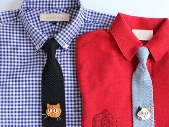 三毛猫と茶トラ猫のブローチセット・本革の画像