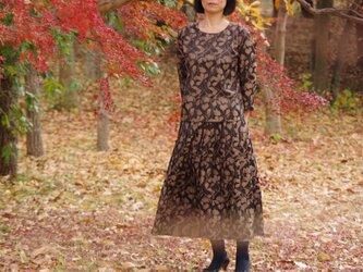 JACQUARD PLEATED SKIRT ジャガードプリーツスカート どんぐりの森 ブラウンの画像