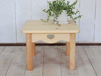 ハートのミニテーブルの画像