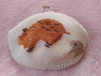 ビーズ編みがま口財布 イノシシ柄の画像