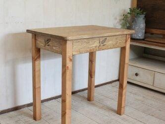 麦穂 サイドテーブルの画像