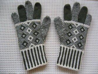 ◆◇北欧模様の編み込み手袋◇◆(オリーブグリーン)の画像