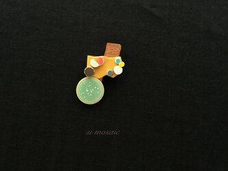 モザイク と銅のmixブローチ(この風)の画像
