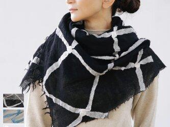 <<新聞掲載>>ブラック ストール【NAMI】ruinuno( ルイヌノ)ウール マフラー モノトーン チェックの画像