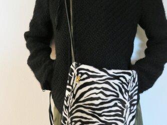 ファーポシェット ゼブラ vintage art metal fur pochette <FP-Z1>の画像