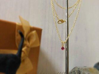 14kgf /宝石屋さんのピンクサファイア一粒ネックレスの画像