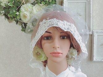 チュールレースの綿帽子(洋髪用) 〜étoile〜小花(flower)の画像