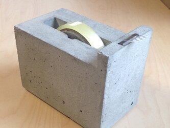 コンクリート製テープカッター/セロテープ台の画像