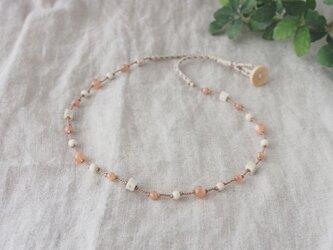 Orange×Beige Necklace(ムーンストーン×リバーストーン)の画像