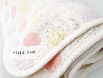 みずたま◍織り模様6重ガーゼのおくるみの画像