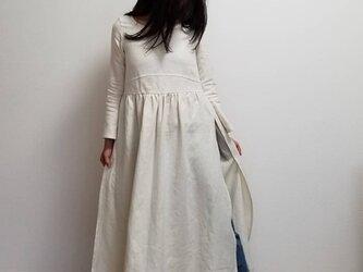・サイドスリット・リネンのアンティークワンピース(マッシュルーム)の画像