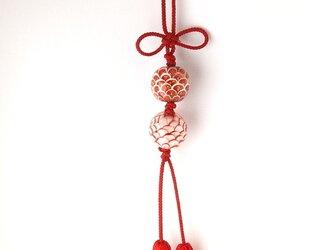 吉祥玉のミニつるし飾り(紅白)の画像
