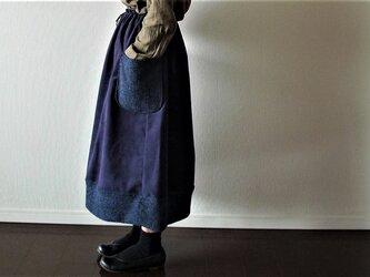 紺色ループボアのクリスマススカートの画像