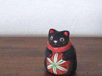 毬遊び猫土鈴(黒)の画像