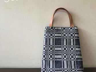 [再販]  bag[手織りAライン手提げバッグ]ネイビーの画像