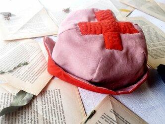 "KODOMOBOUSHI ""hand-sewn"" CROSS PINK 47-50cm(1-3歳)の画像"