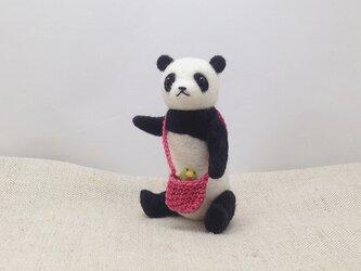 小さなお出かけパンダさんの画像