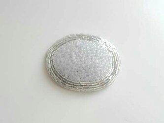 受注製作 刺繍ブローチ maru 白の画像