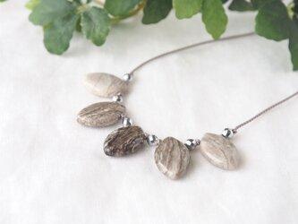 Silverleaf Necklaceの画像