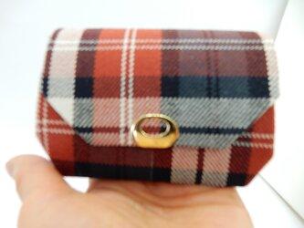 折り型財布 チェック 小さめバッグにの画像