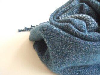 手織りカシミアマフラー・・青に水色の画像