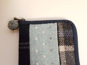 あったかウール生地の2つ折り財布 ブルーその2の画像