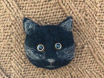 羊毛フェルト 猫のブローチの画像